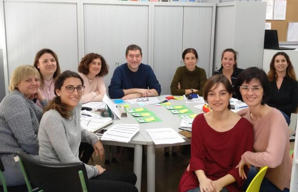 Sessió de facilitació amb l'equip impulsor de l'Escola Santiago Ramon y Cajal